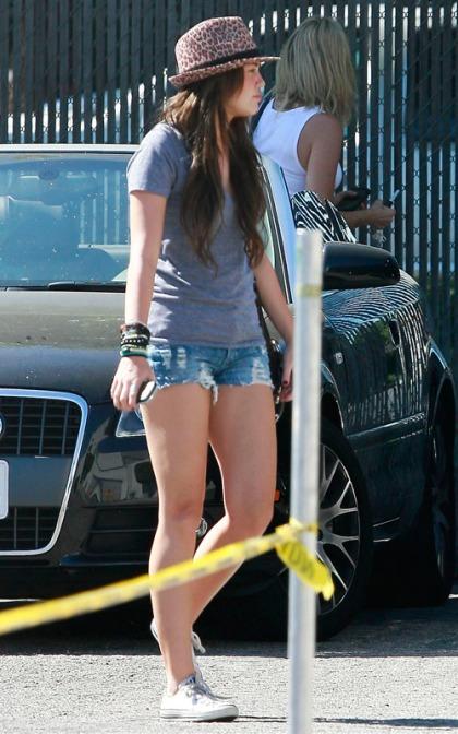 Miley Cyrus Arriving At Studio In Burbank