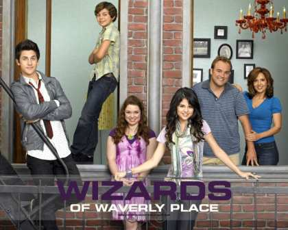 tv_wizards_of_waverly_place05-1
